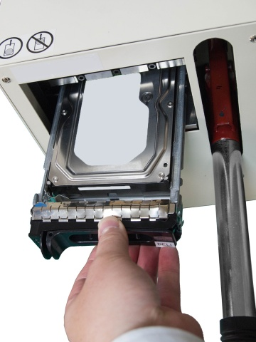 Cutting edge storage puncher can destroy HDD without removing mounter